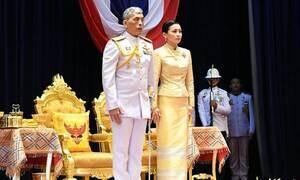 Τρομερό! Βασιλιάς παρουσίασε την ερωμένη του μπροστά στην γυναίκα του! (vid)