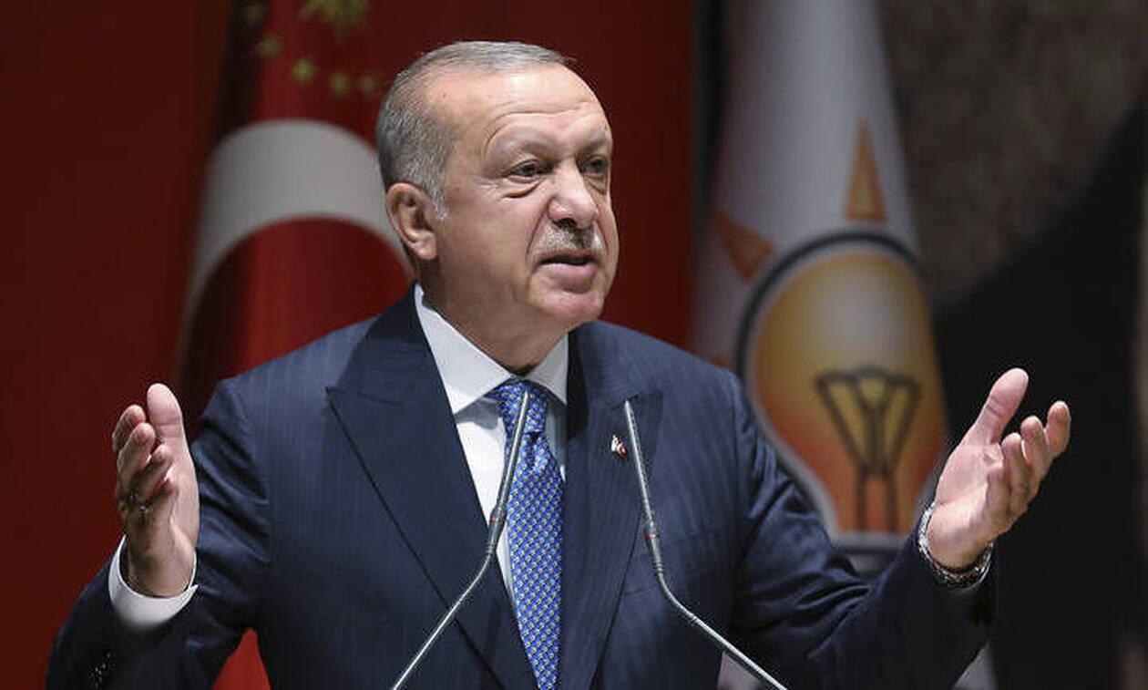 «Γαβγίζει» ο Ερντογάν: Δεν θα επιτρέψουμε εκβιασμούς και σαμποτάζ στην Κύπρο