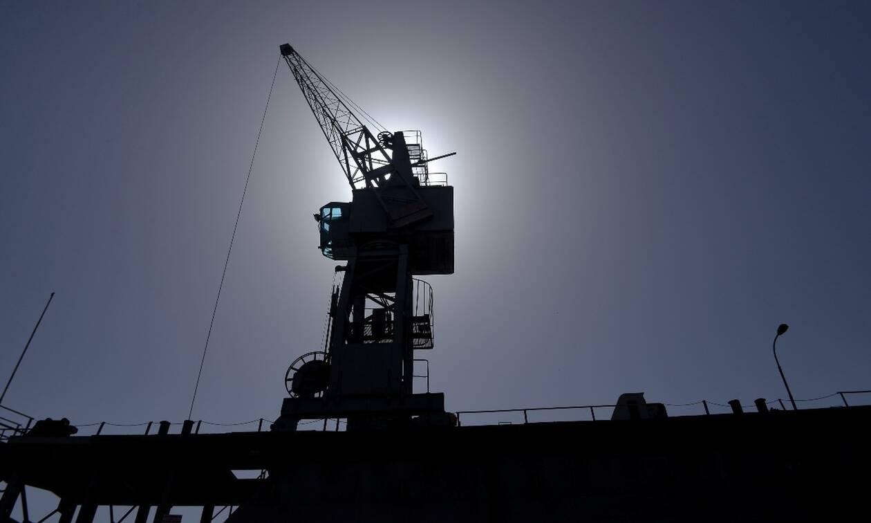 Κίνδυνος από παράνομες ναυπηγοεπισκευαστικές εργασίες σε διάφορα λιμάνια της χώρας
