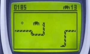 Νοσταλγία: Θυμάσαι τα παιχνίδια που παίζαμε στα πρώτα κινητά τηλέφωνα; (pics+vids)