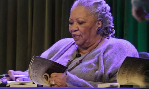 Τόνι Μόρισον: Πέθανε η βραβευμένη με Νόμπελ και Πούλιτζερ συγγραφέας