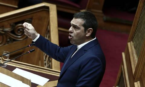 Χαμός στη Βουλή: Έξαλλος ο Τσίπρας - Δείτε τι συνέβη