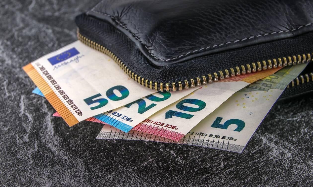 Συντάξεις: Ποιοι θα επιστρέψουν πίσω χρήματα