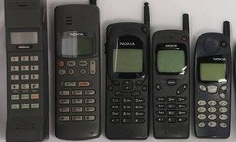 Δεν θα πιστεύεις πότε βγήκε το πρώτο κινητό τηλέφωνο