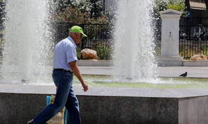 Athens municipality opens airconditioned halls on Saturday due to high temperatures