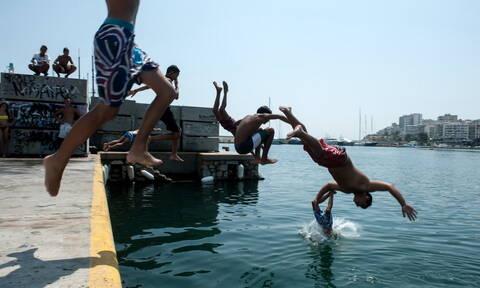 Καιρός - Έκτακτο δελτίο ΕΜΥ: «Σαχάρα» η Ελλάδα με 41 βαθμούς - Ενισχυμένα τα μελτέμια (pics)