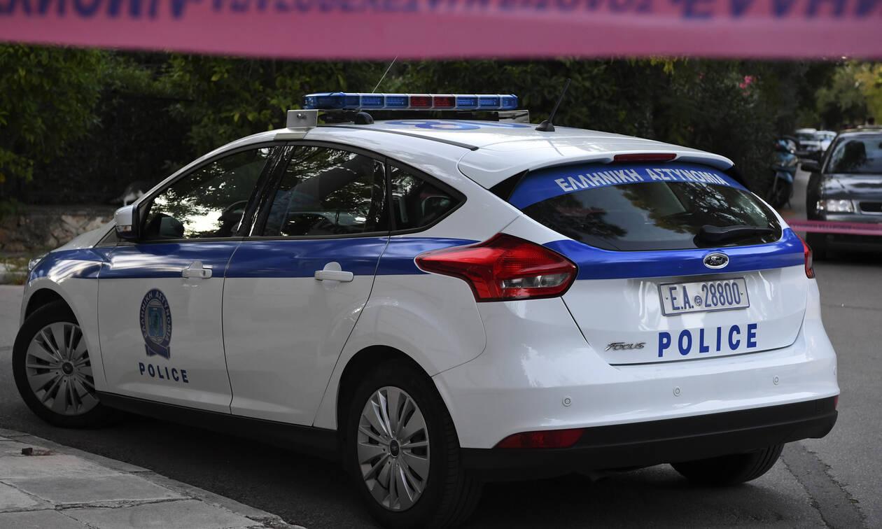 Θρίλερ στην Ομόνοια: Εντοπίστηκε νεκρός άνδρας