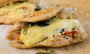Η συνταγή της ημέρας: Κοτόπουλο γεμιστό με προσούτο