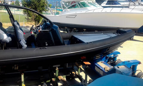 Tραγωδία στο Πόρτο Χέλι: Τι κατέθεσε ο χειριστής του μοιραίου σκάφους - Θρήνος για τα θύματα