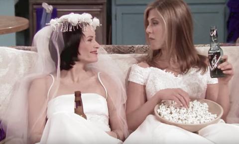 Τα Φιλαράκια: Το συγκλονιστικό μυστικό που δεν ξέραμε για την Μόνικα και τη Ρέιτσελ! (pics+vid)