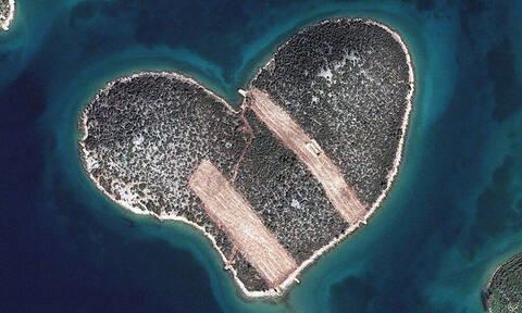 Το νησί των… ερωτευμένων. Πού βρίσκεται; (pics+vid)