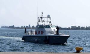 Κέα: Ακυβέρνητο ιστιοφόρο με τέσσερις επιβαίνοντες