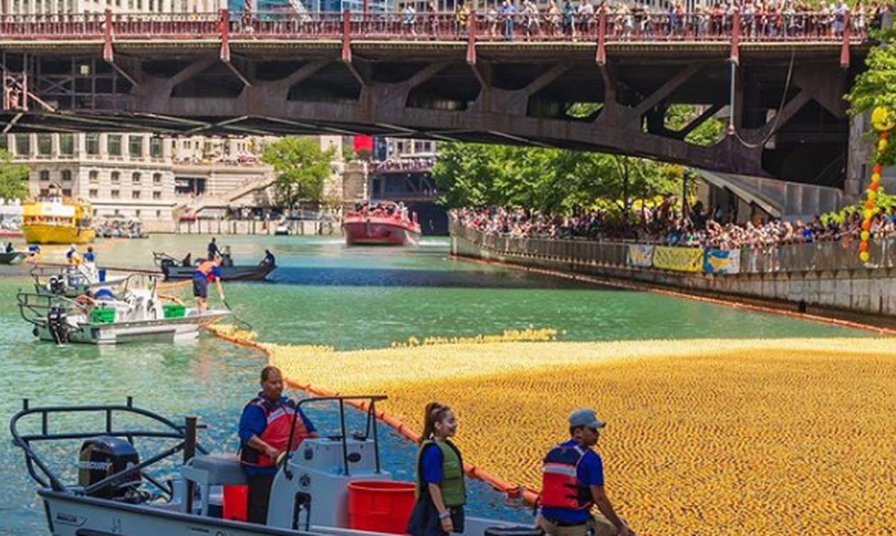 Το ποτάμι ξαφνικά έγινε… κίτρινο – Δείτε τι συνέβη (pics)