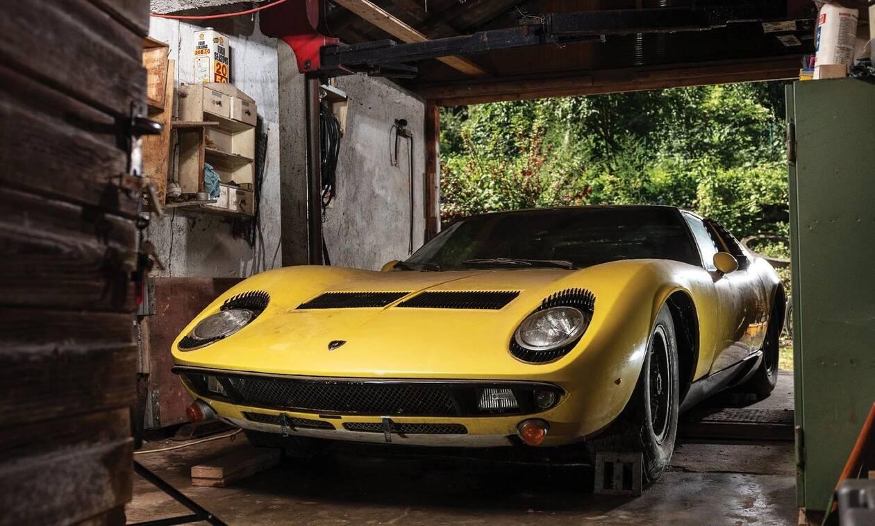 Αυτή η πανέμορφη Lamborghini Miura ήταν ξεχασμένη σε ένα στάβλο!