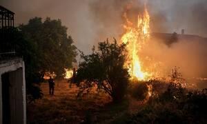 Φωτιά Εύβοια Στο Συντονιστικό Κέντρο Επιχειρήσεων της Πυροσβεστικής ο Κυριάκος Μητσοτάκης
