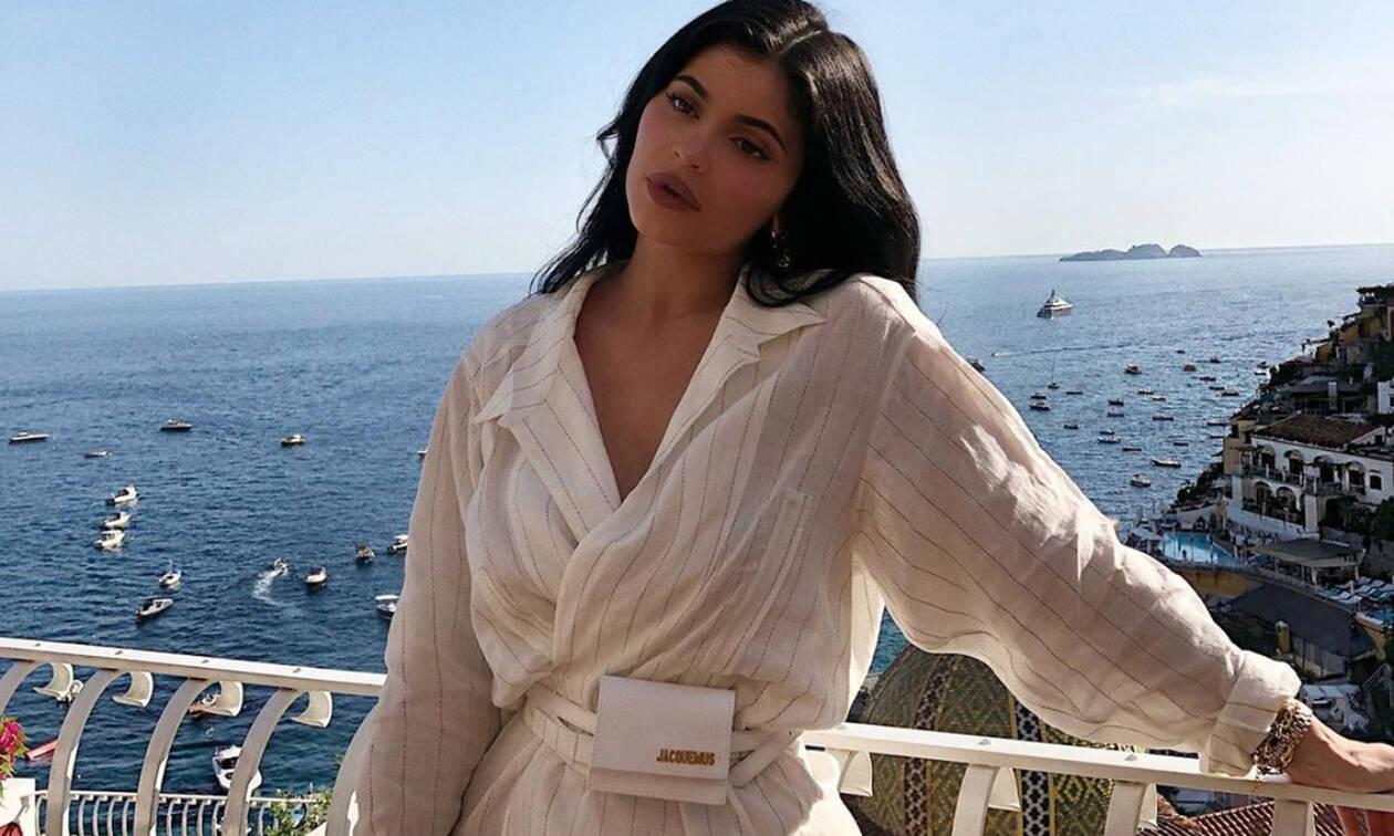 Κylie Jenner: Μόλις έκανε την πιο hot εμφάνιση ever και πρέπει να τη δεις