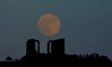 Μικραίνει το φεγγάρι τον Δεκαπενταύγουστο - Τι συμβαίνει