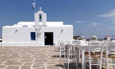 Δεκαπενταύγουστος: Τα έθιμα, οι παραδόσεις και οι εορτασμοί σε όλη την Ελλάδα