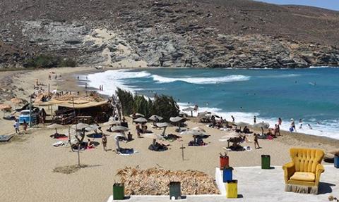 Ατύχημα – σοκ σε παραλία της Τήνου (pics)