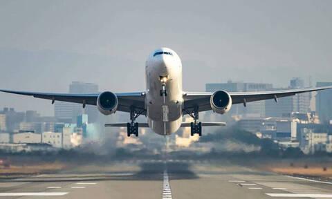 Γιατί δεν επιτρέπεται να κουβαλάς υγρά στο αεροπλάνο;