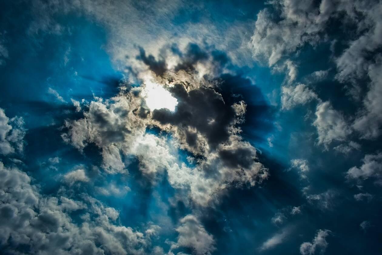 clouds-3353159_960_720.jpg
