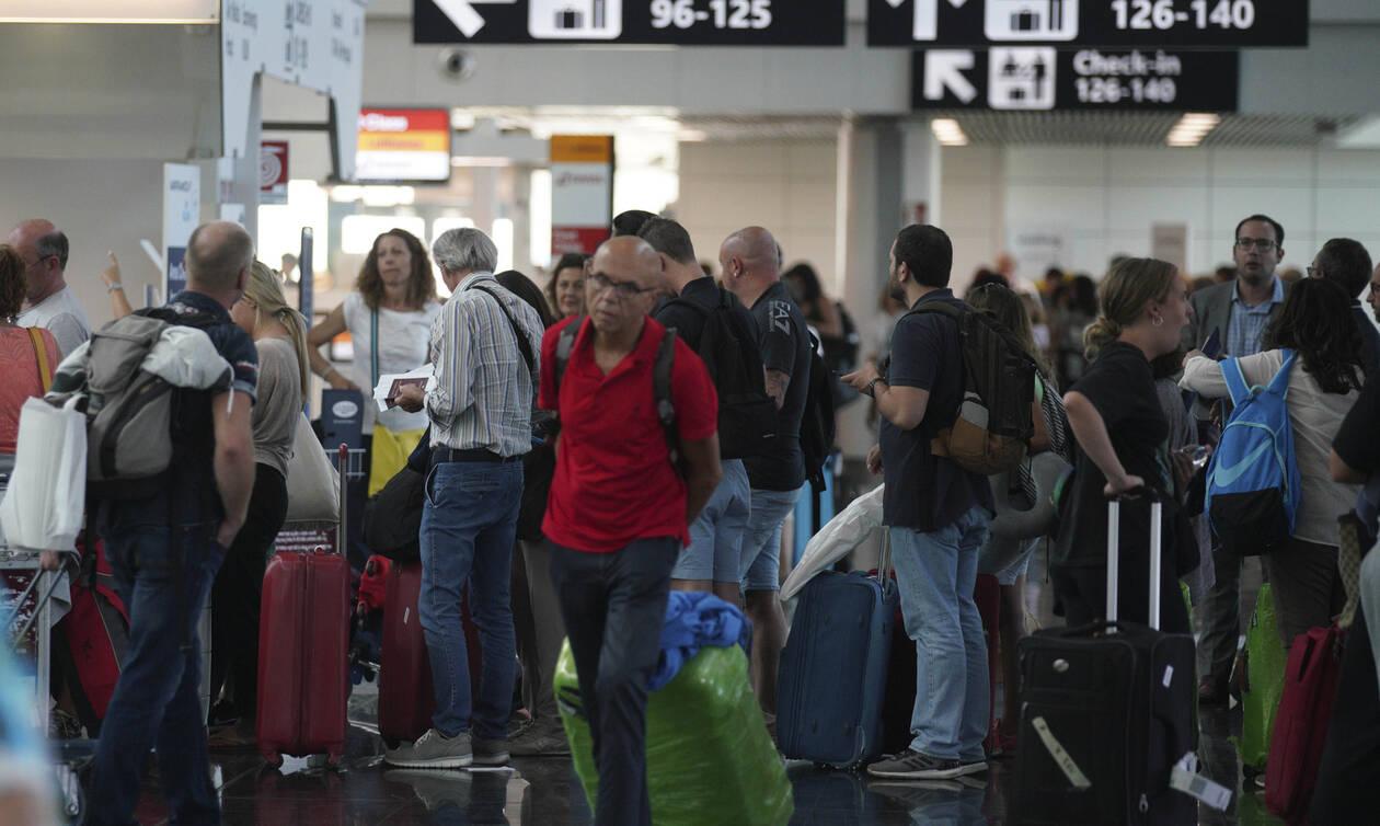 Απεργία σε μεγάλη αεροπορική: Ταλαιπωρία για χιλιάδες ταξιδιώτες