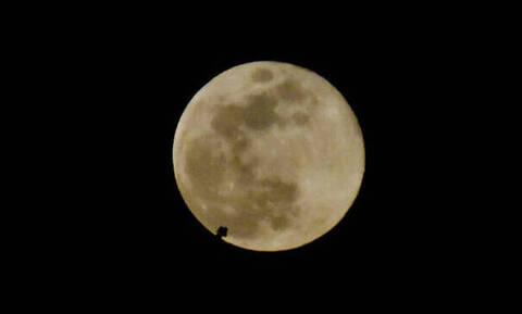 Απόψε η πανσέληνος Αυγούστου 2019: Με μικρότερο φεγγάρι αλλά το ίδιο ειδυλλιακή