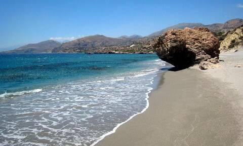 Λίγκρες: Μια μοναδική παραλία με καταρράκτη σε ελληνικό νησί