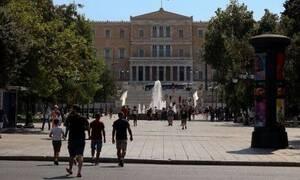 Δεκαπενταύγουστος: Άδεια η Αθήνα - Μόνο τουρίστες στους δρόμους
