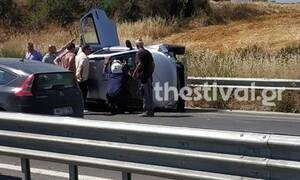 Θεσσαλονίκη: Ανετράπη βανάκι με εννέα επιβάτες - Σώθηκαν από θαύμα