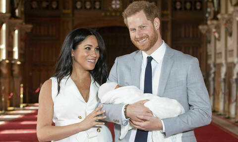 Meghan & Harry: Ξέρουμε τι χρώμα είναι τα μαλλιά του γιου τους, Archie! Σε ποιον έμοιασε;