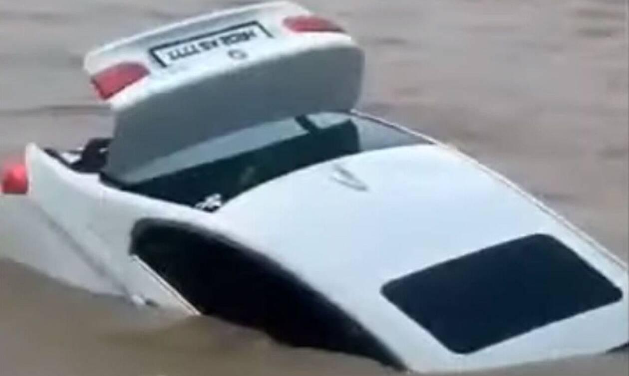Απίστευτο! 18χρονος Ινδός «έπνιξε» μια BMW γιατί περίμενε ως δώρο γενεθλίων μια Jaguar (vid)