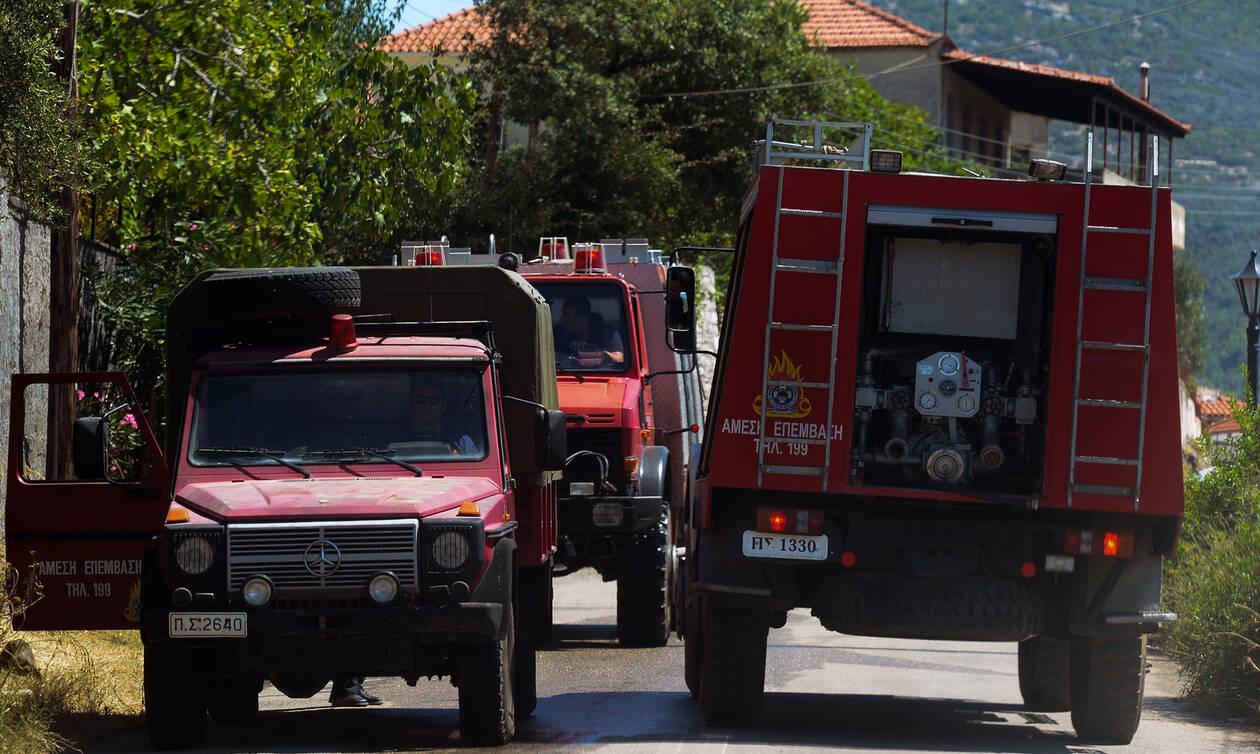 Φωτιά στην Μάνδρα: Υπό μερικό έλεγχο η πυρκαγιά στον Κιθαιρώνα