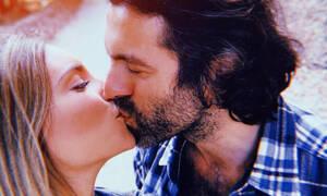 Αθηνά Οικονομάκου – Φίλιππος Μιχόπουλος: Η ρομαντική εξόρμηση κι οι βόλτες με το jet ski (+video)