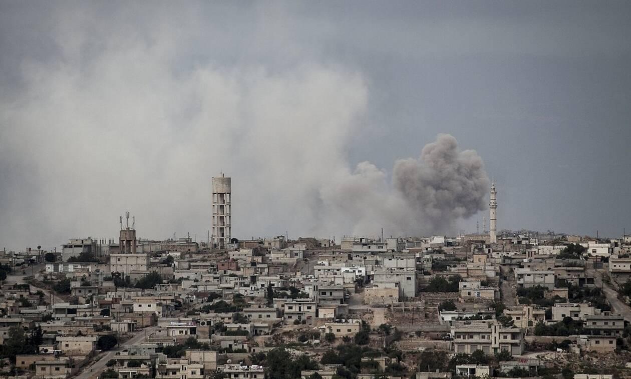 Συρία: 11 άμαχοι  νεκροί σε βομβαρδισμούς στην Ιντλίμπ – Ανάμεσα τους μια γυναίκα και έξι παιδιά