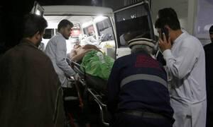 Λουτρό αίματος στην Καμπούλ: Τουλάχιστον 40 νεκροί μετά από έκρηξη σε γαμήλια γιορτή