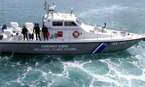 Συναγερμός στο Ηράκλειο: Αναποδογύρισε φουσκωτό - Σε κίνδυνο 7 άτομα, ανάμεσά τους και παιδιά