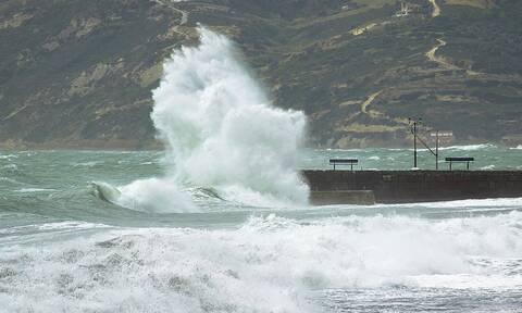 Καιρός: Μικρή άνοδος της θερμοκρασίας τη Δευτέρα - Ισχυροί άνεμοι έως 7 μποφόρ