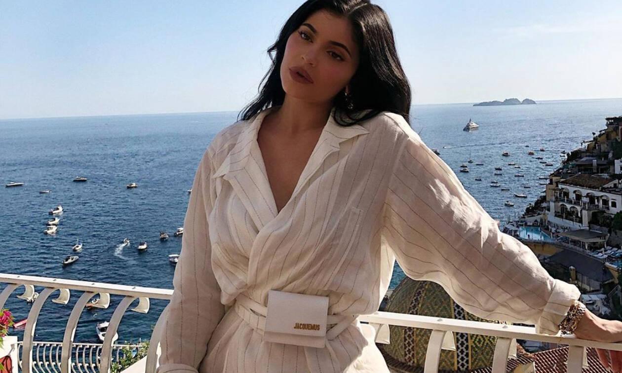 Η Kylie Jenner μας έδειξε τι τρώει για πρωινό και δε θα το πιστεύεις με τέτοιο σώμα