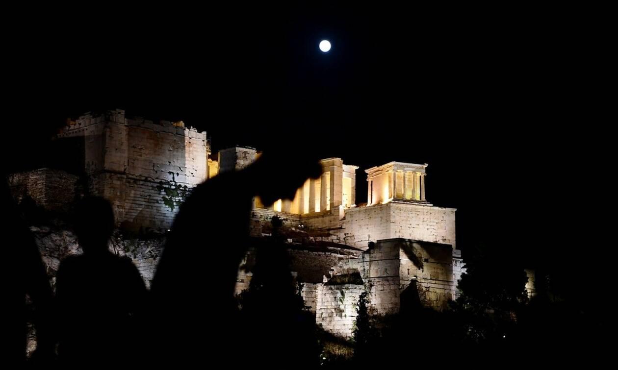 Η Αθήνα τον Αύγουστο: Πριν έναν αιώνα και σήμερα