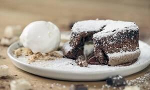 Η συνταγή της ημέρας: Σουφλέ σοκολάτας
