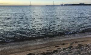 Οι διακοπές έγιναν εφιάλτης: Αυτό που έκαναν στην παραλία τους στέλνει φυλακή