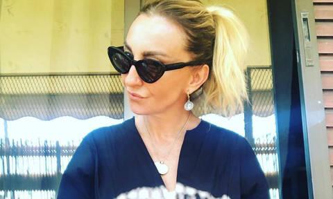 Ρούλα Ρέβη: Η μαμαδίστικη ερώτηση στο Instagram και οι απαντήσεις των διάσημων φίλων της (pics)