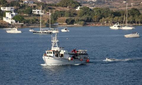 Αυτό είναι το πρώτο ελληνικό νησί που φιλοδοξεί να εξαφανίσει τα πλαστικά (pics - vids)