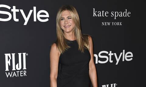 Και πάλι ερωτευμένη; Η Jennifer Aniston βγαίνει με κάποιον και αυτός δεν είναι ο Brad Pitt