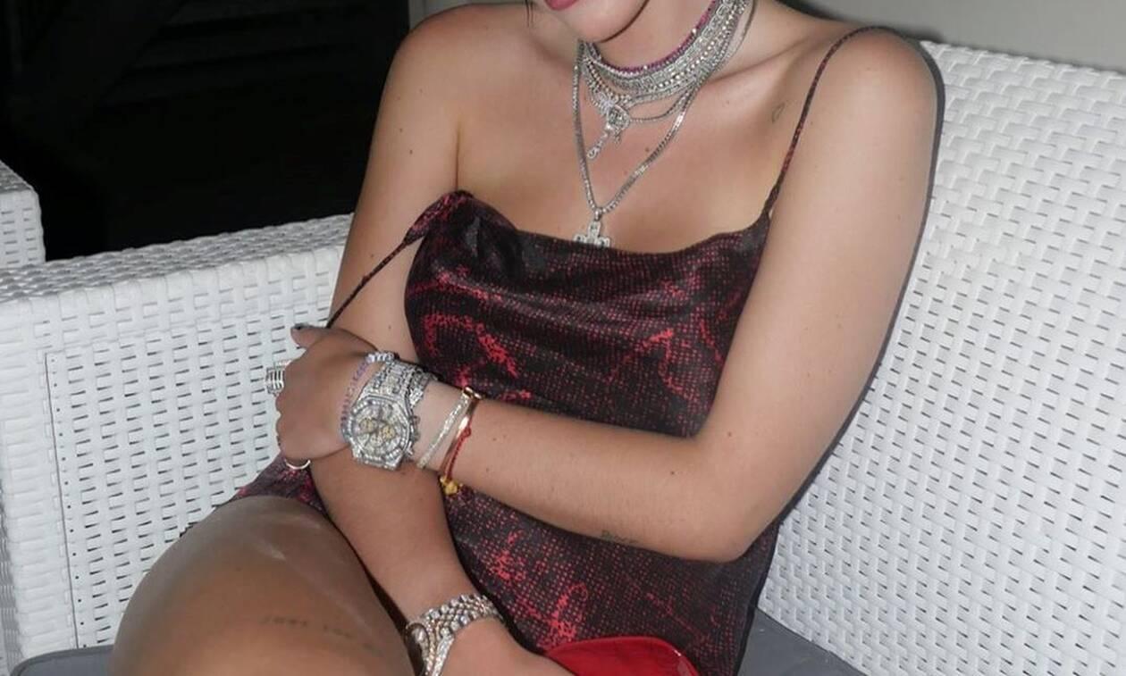 Διάσημη ηθοποιός κολάζει χωρίς ρούχα στο κρεβάτι της (pics)