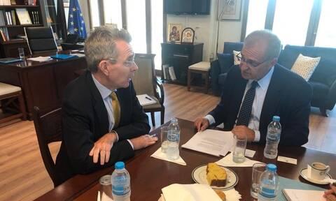 Στο ΥΠΕΞ ο Πάιατ: Ευκαιρία να ωφεληθούν Ελλάδα και ΗΠΑ