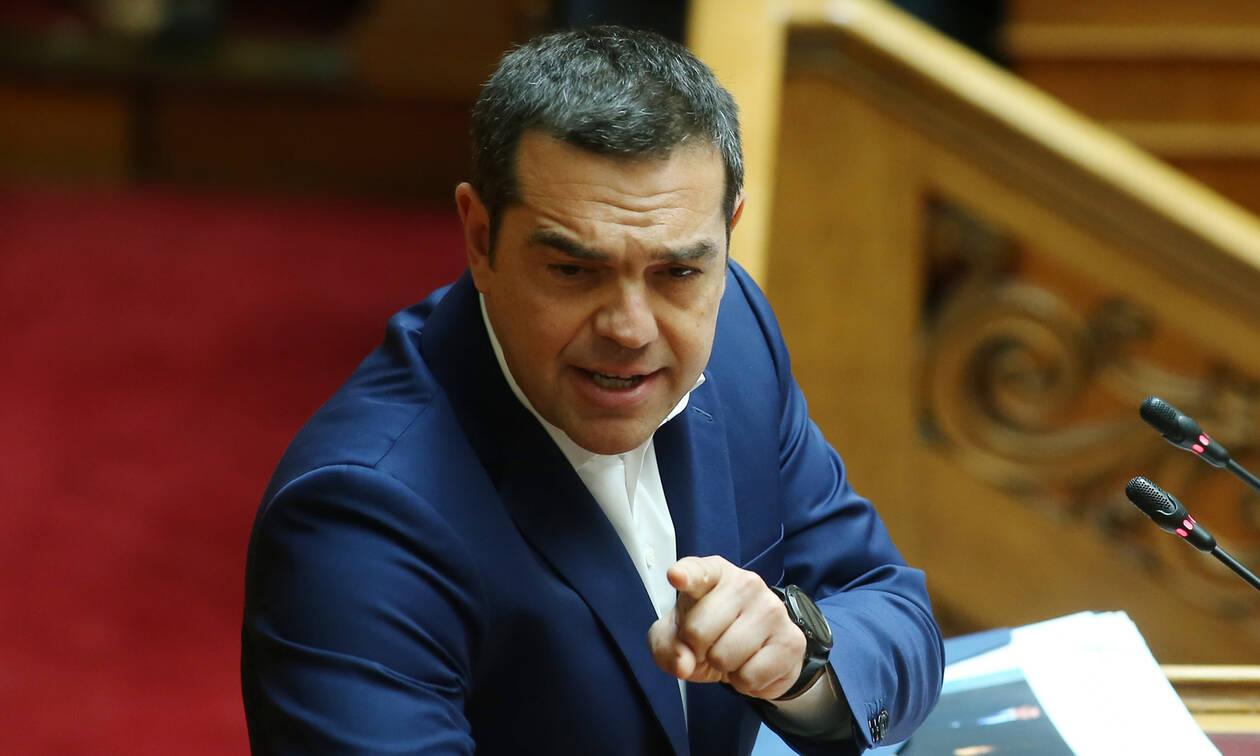 Τσίπρας: «Εμείς εφαρμόζαμε σχέδιο μείωσης των πλεονασμάτων, η ΝΔ το εγκατέλειψε»