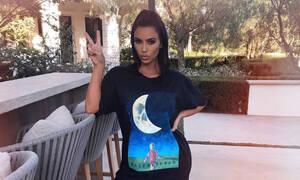 Πριν από 12 ώρες η Kim Kardashian ανέβασε για πρώτη φορά αυτή τη φωτογραφία...