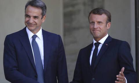 Μητσοτάκης: Καλώ τους Γάλλους να επενδύσουν στην Ελλάδα - Μακρόν: Ενισχύουμε τη συνεργασία μας